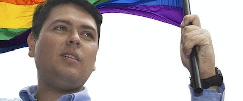 Rosmit Mantilla is een Venezolaanse LGBTI-activist en politicus, die tweeënhalf jaar in de gevangenis zat. Hij werd valselijk beschuldigd van het accepteren van steekpenningen.