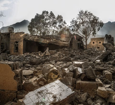 Een ziekenhuis van Artsen zonder Grenzen gebombardeerd door de door Saudi-Arabië geleide coalitie, Noord-Jemen