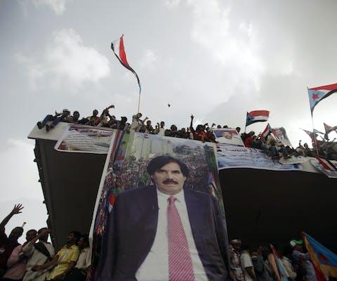 Poster van de voormalige president van Zuid-Yemen Ali Salem al-Beidh in de stad Aden.