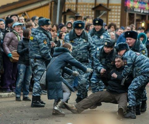 Politiegeweld bij demonstratie in Moskou