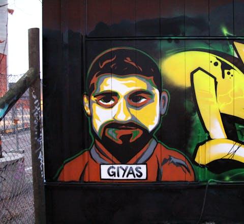 Grafitti in Finland uit solidariteit met Bayram Mammadov en Giyas Ibrahimov.