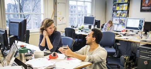 Aan het werk op Amnesty's hoofdkantoor in Amsterdam