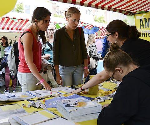 actie Amnesty-groep Oosterwolde