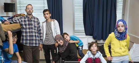 De Syrische familie Yasin in een opvangcentrum in Brunssum.
