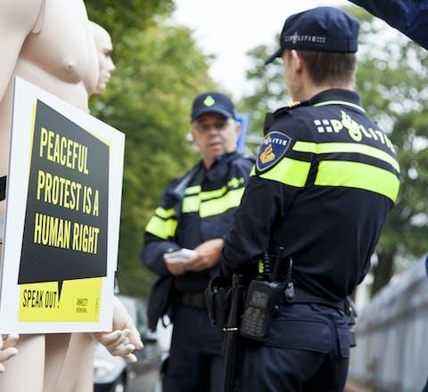 Demonstratie voor de Russische ambassade