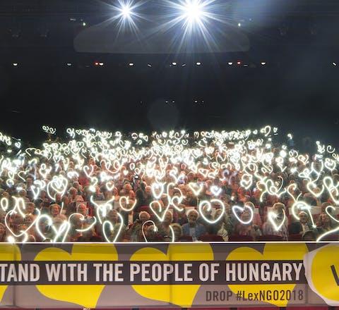 Solidariteitsactie van Amnesty Nederland voor collega's in Hongarije