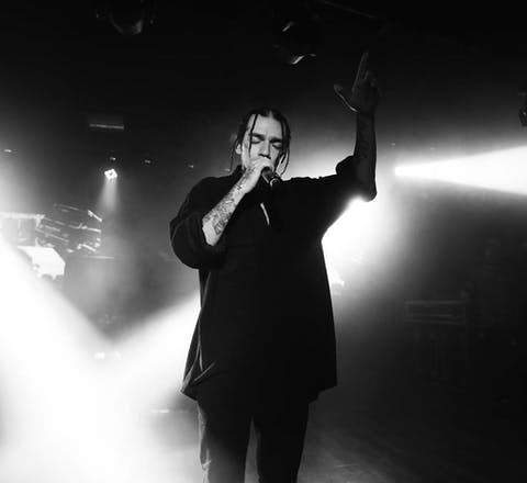 e Turkse rapper Sercan İpekcioğlu, beter bekend als Ezhel