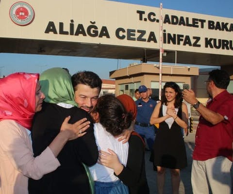Taner Kilic uit Turkije na zijn vrijlating
