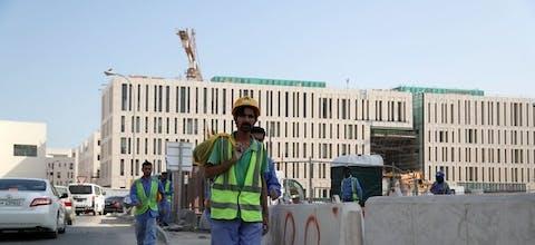 Arbeidsmigranten aan het werk in Qatar