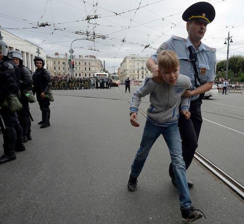 Tijdens demonstraties in Rusland op 9 september 2018 werden ook kinderen opgepakt
