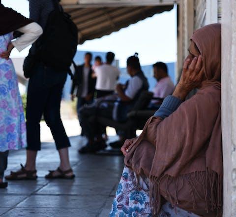 Vrouwelijke vluchtelingen in Elliniko, Griekenland