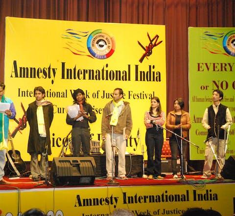 Amnesty India, De Indiase overheid heeft de bankrekening van Amnesty geblokkeerd