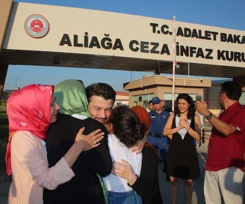 Oud-voorzitter van Amnesty International Turkije Taner Kılıç na zijn vrijlating