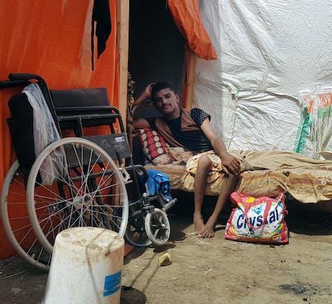 In Jemen worden mensen met een lichamelijke beperking extra getroffen wanneer ze voor de oorlog willen vluchten.