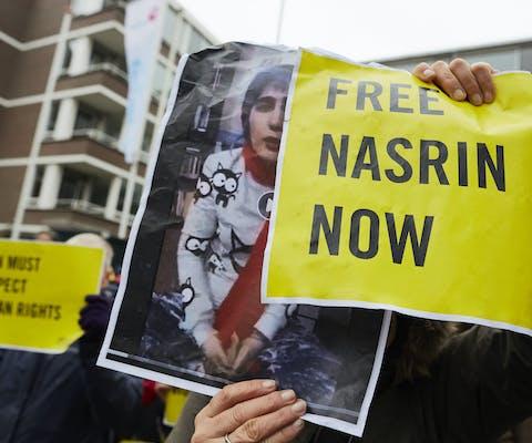 Demonstratie voor de vrijlating van Nasrin Sotoudeh bij de Iraanse ambassade in Den Haag