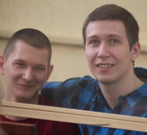 Yan Sidorov (links) en Vladislav Mordasov