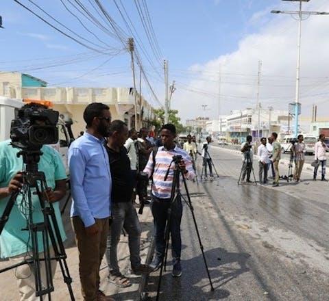 Door anvallen, bedreigingen en intimidatie is Somalië een van de gevaarlijkste landen voor journalisten