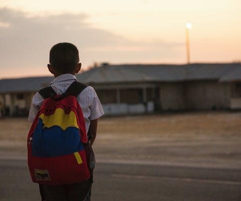 Venezolaanse jongen die bescherming zoekt in Peru