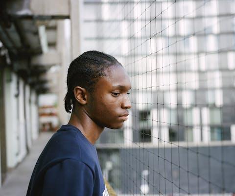 Demetri Addison is ontsnapt aan het geweld in zijn buurt. Hij is jeugdwerker, studeert criminologie en sprak met het parlement over de problemen in zijn buurt.