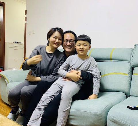 De Chinese mensenrechtenadvocaat Wang Quanzhang is na viereneenhalf jaar gevangenschap vrijgelaten.