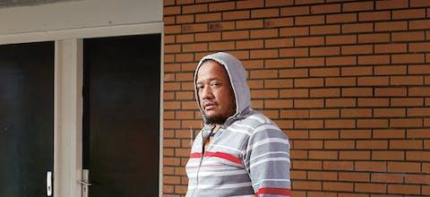 Faisol Iskandar (39) werkt al twaalf jaar als schoonmaker in Nederland en is voorzitter van de Indonesian Migrant Workers Union. 'Ik weet van drie mensen dat ze uit hun huis zijn gezet.'