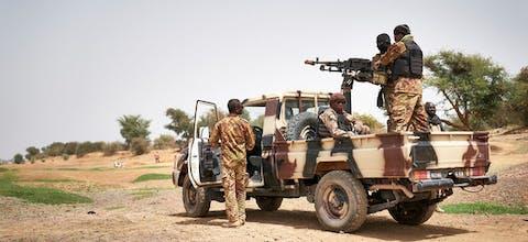 Malinese soldaten op patrouille, februari 2018